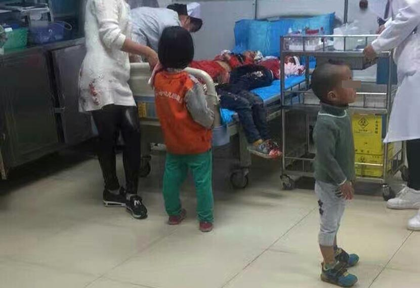 Injured children receive emergency medical treatment at a hospital in Pingxiang, Guangxi Zhuang Autonomous Region, Jan. 4, 2017. From Weibo